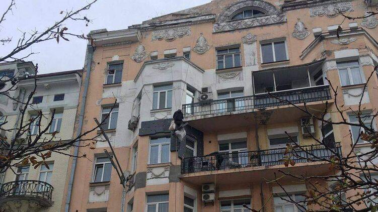 Старые дома в центре Киева, несмотря на далеко не лучшее их состояние, пользуются повышенным спросом среди покупателей квартир