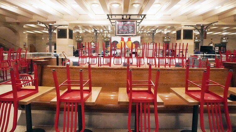 Рестораны и ТРЦ потеряют до половины клиентов из-за нового карантина по ковид-сертификатам